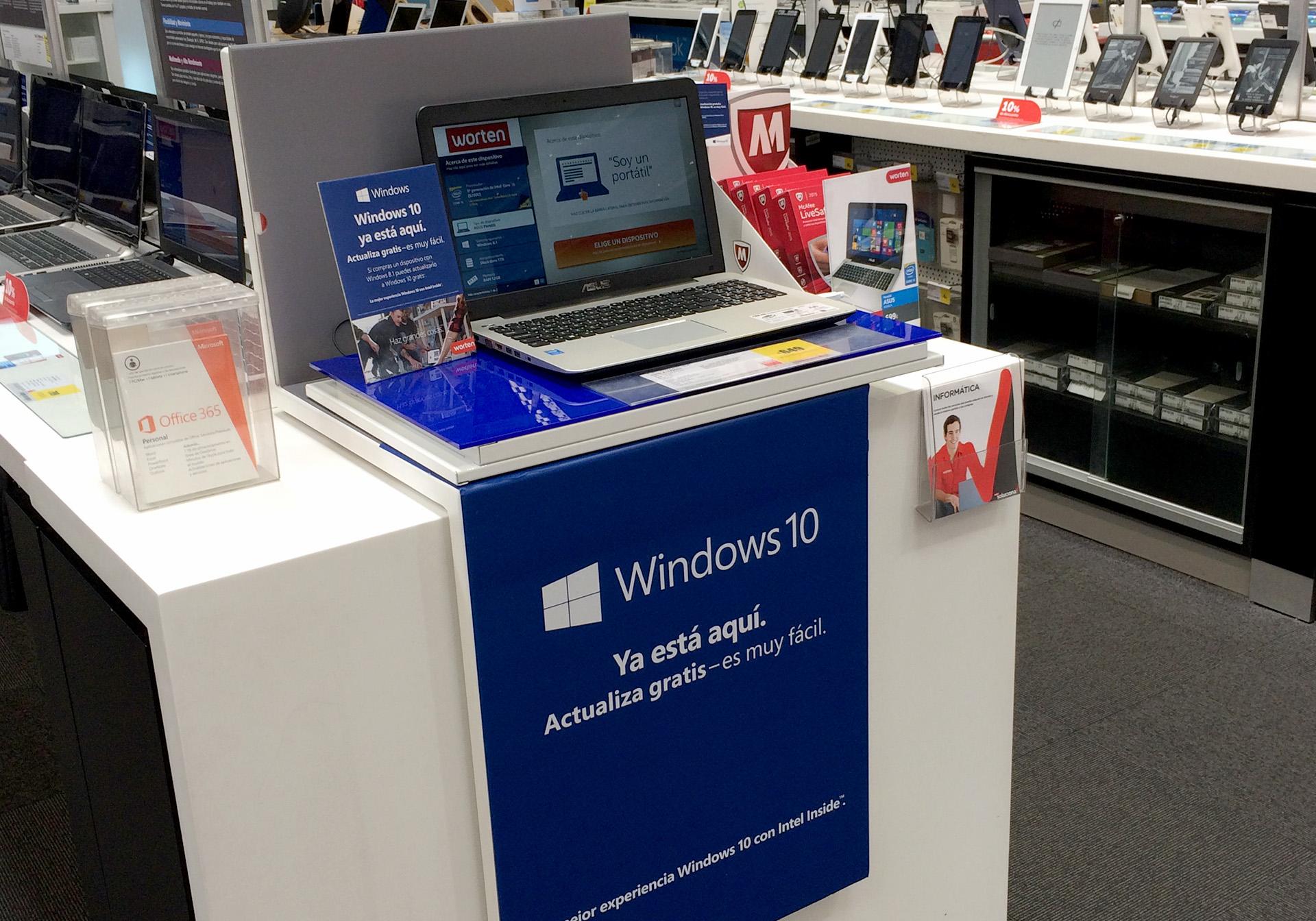 Piezas gráficas en tiendas Worten de lanzamiento Windows 10